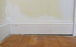 sloping-floor